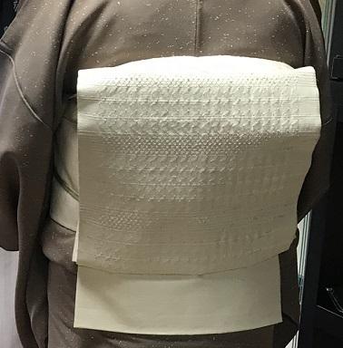 ご来店のお客様・音符道中着・撒き糊着物・藤田織物帯。_f0181251_17322926.jpg