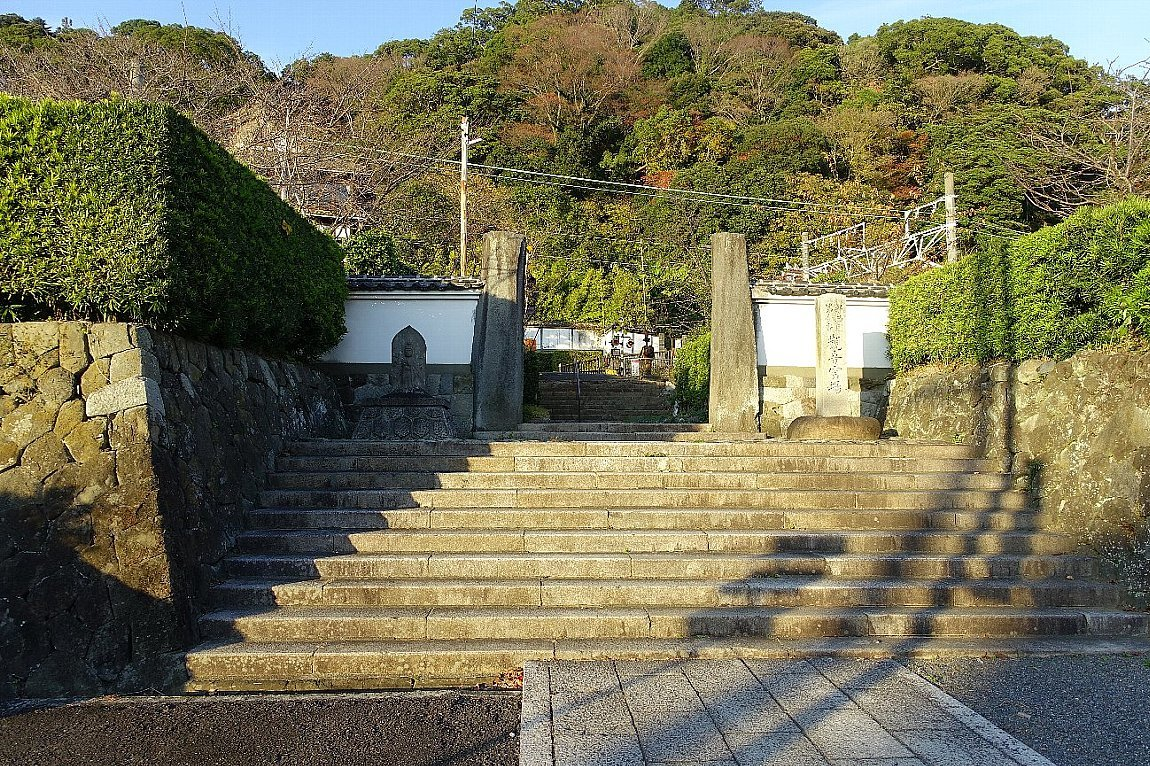 巨鼇山 清見寺_c0112559_08165556.jpg