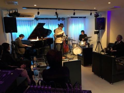 広島 ジャズライブカミン  Jazzlive Comin 明日土曜日はセッション!_b0115606_10554489.jpeg