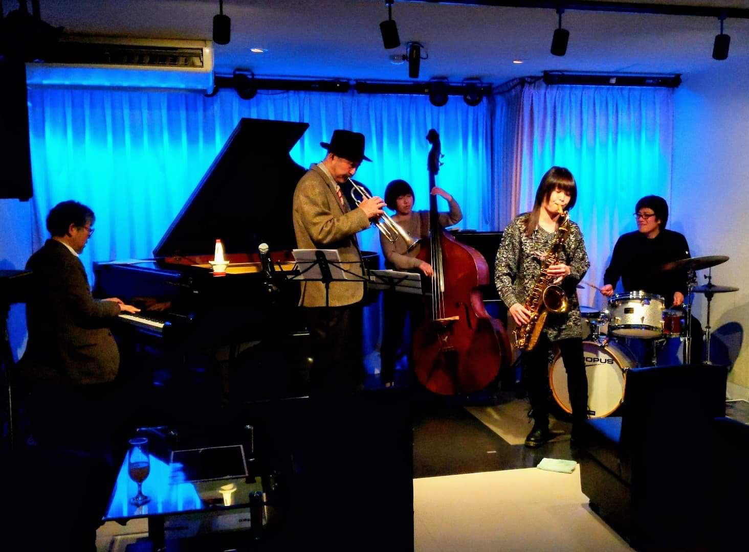 広島 ジャズライブカミン  Jazzlive Comin 明日土曜日はセッション!_b0115606_10555810.jpeg