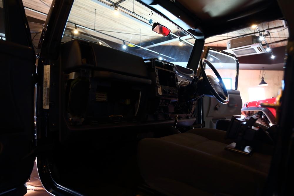 各車両作業進行中_f0105425_18064399.jpg