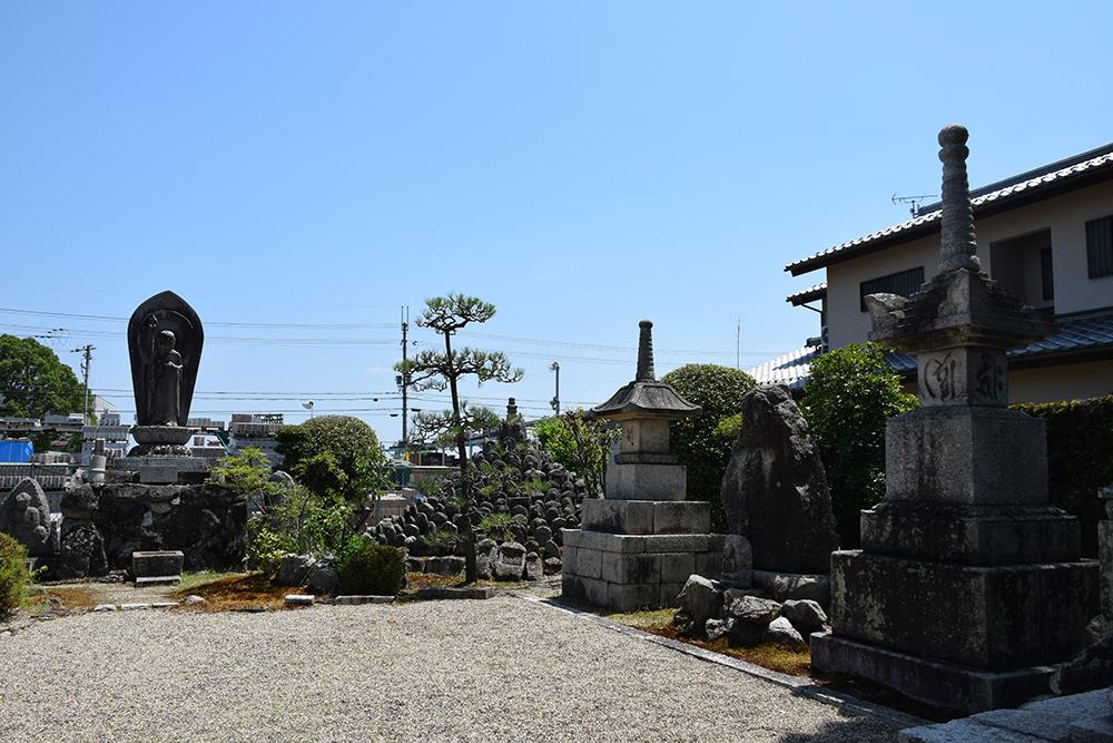 近江坂本城跡を歩く。 その3 <二ノ丸、三ノ丸>_e0158128_16120725.jpg