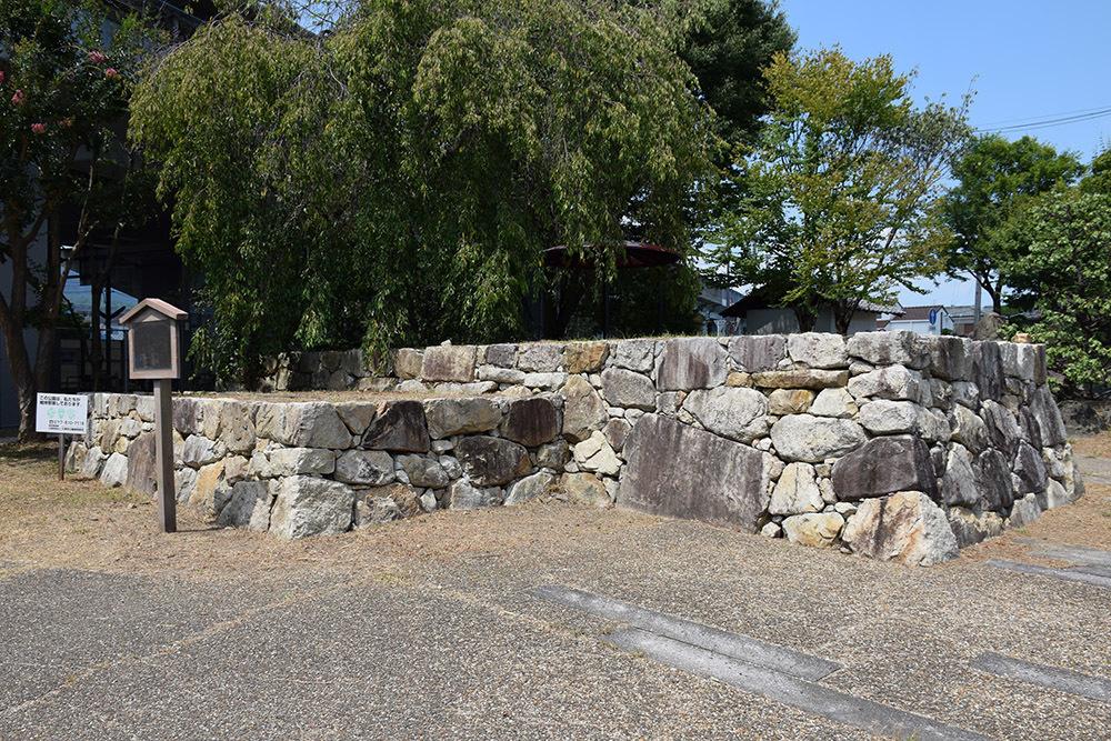 穴太衆の郷、坂本石積みの郷公園。_e0158128_19541228.jpg
