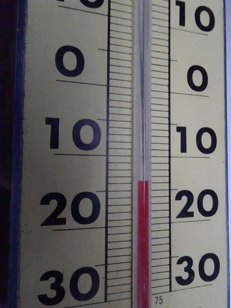 今シーズン最低気温_c0111229_18355314.jpg