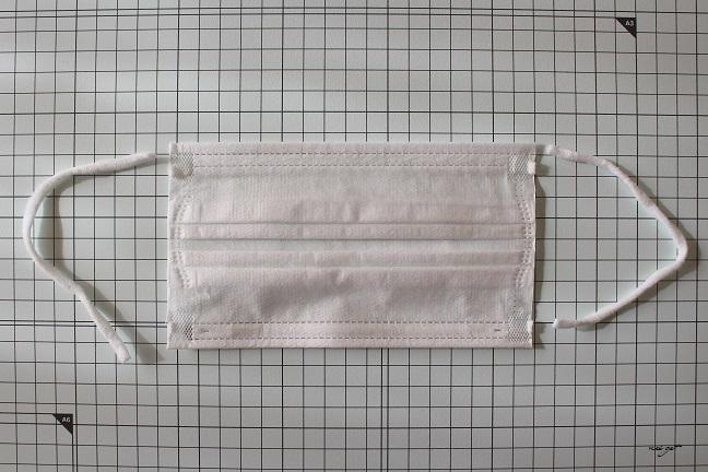 手縫いOK!2か所縫うだけ『使い捨てマスク』を挟んで使えるガーゼマスクの作り方♪_f0023333_22402271.jpg
