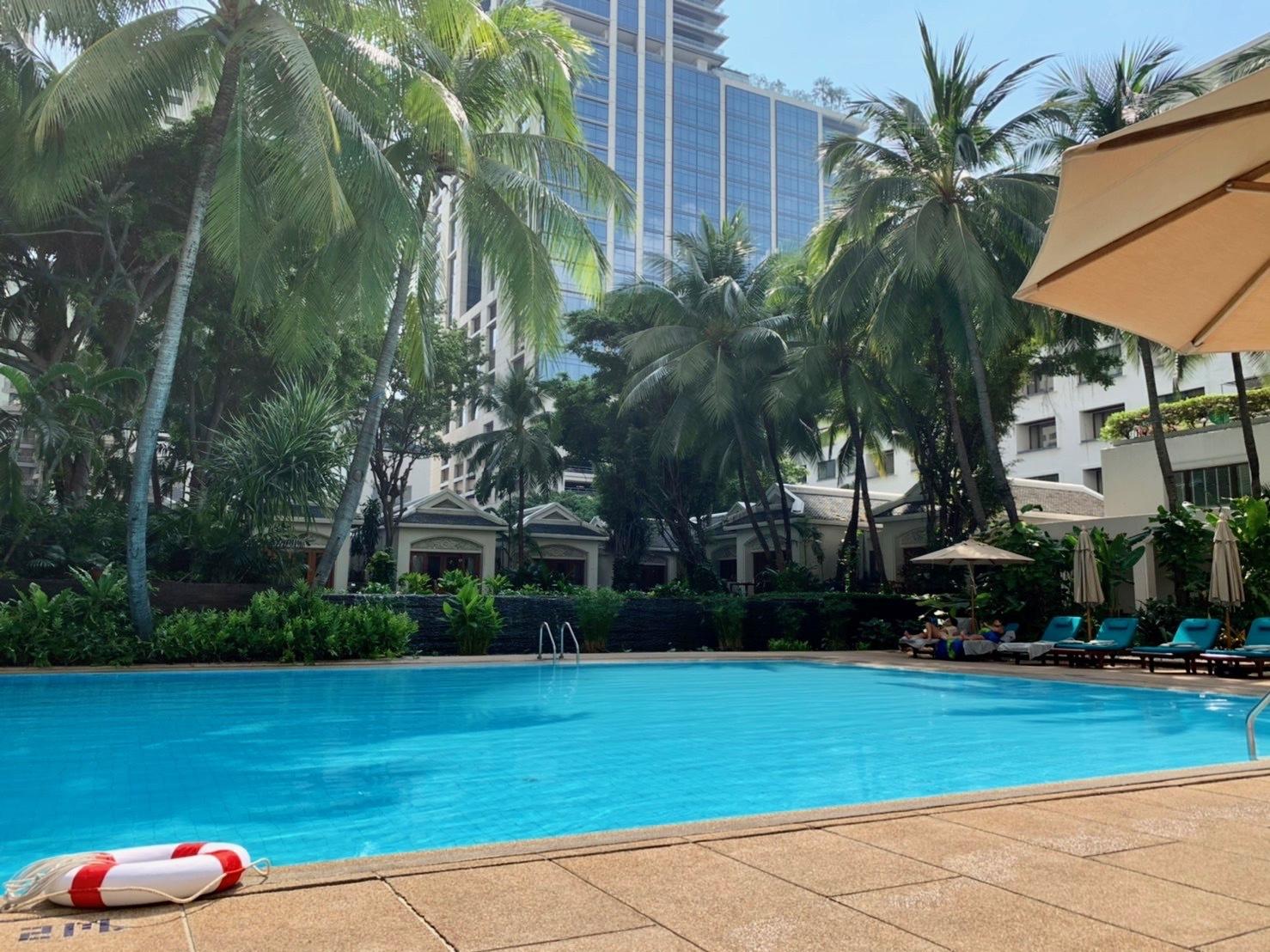 タイの休日 アナンタラサイアムへ_b0325640_14134955.jpg
