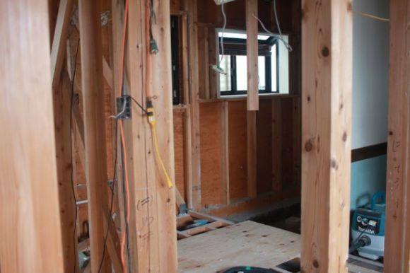 No6.自宅スペースをリフォーム・・・・ついに工事スタート、まずは解体_e0133255_18334045.jpg