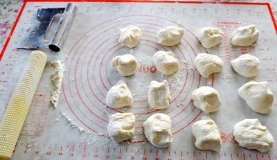 手作り餃子と肉まんと、カラフルウールのカット♪_b0194861_20561710.jpg
