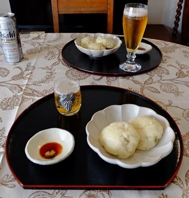 手作り餃子と肉まんと、カラフルウールのカット♪_b0194861_22101002.jpg