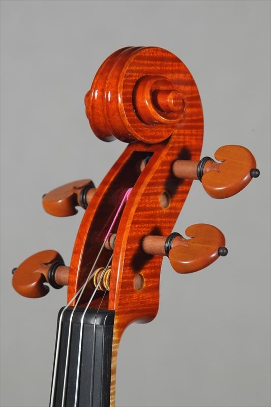 最新作ヴァイオリンのご紹介_d0047461_05505090.jpg
