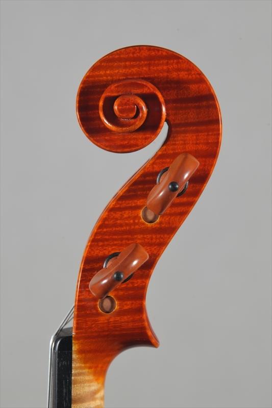 最新作ヴァイオリンのご紹介_d0047461_05505148.jpg