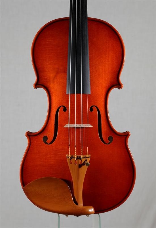 最新作ヴァイオリンのご紹介_d0047461_05505183.jpg