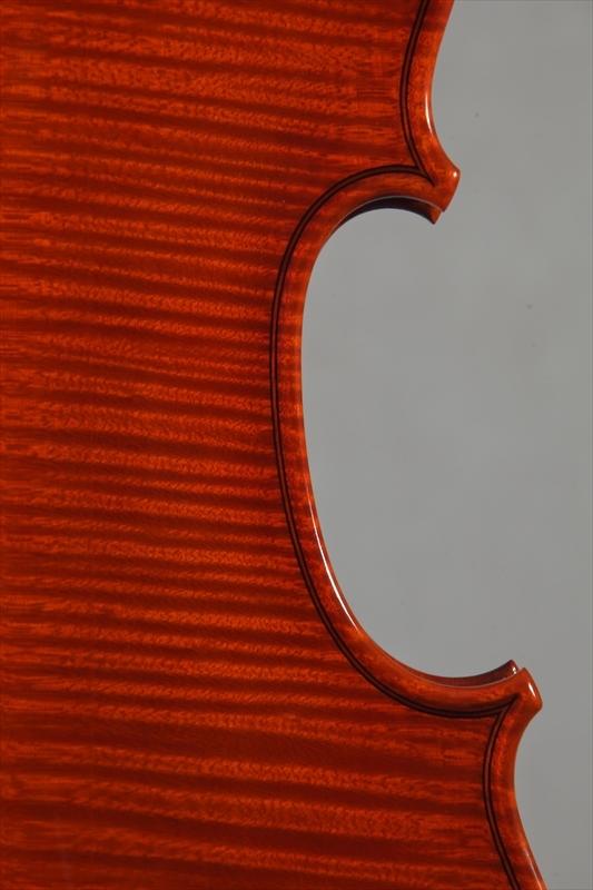最新作ヴァイオリンのご紹介_d0047461_05511517.jpg