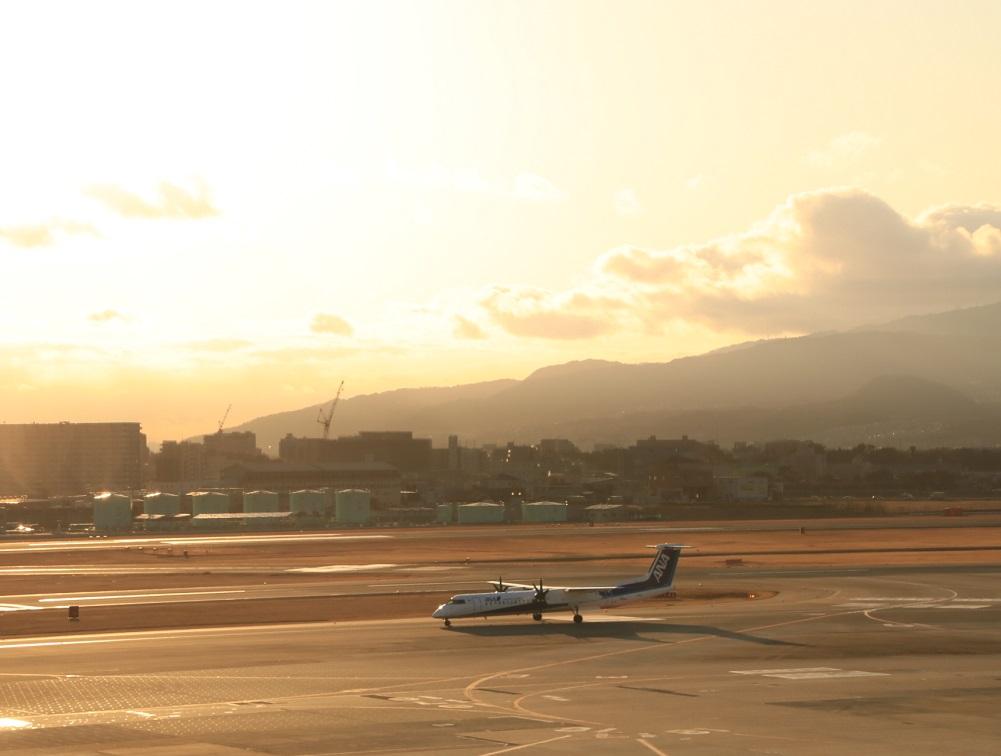 大阪国際空港 1日の終わり・・_d0202264_417411.jpg