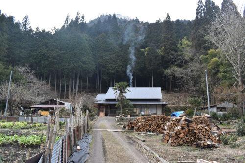 山の中ポツンと一軒屋大改修 完成_d0087595_10174775.jpeg