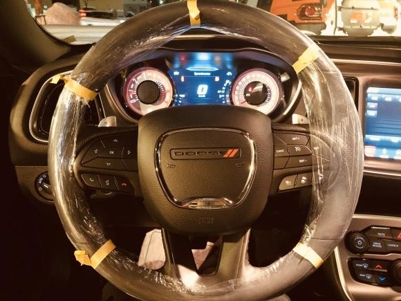 2月8日(土)♡ランクル200GX-R新車並行あります!!ランクル エスカレード チャレンジャー♡TOMMY♡_b0127002_18533823.jpg