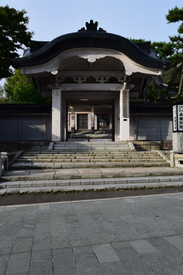 東本願寺函館別院(函館の建築再見)_f0142606_08291221.jpg