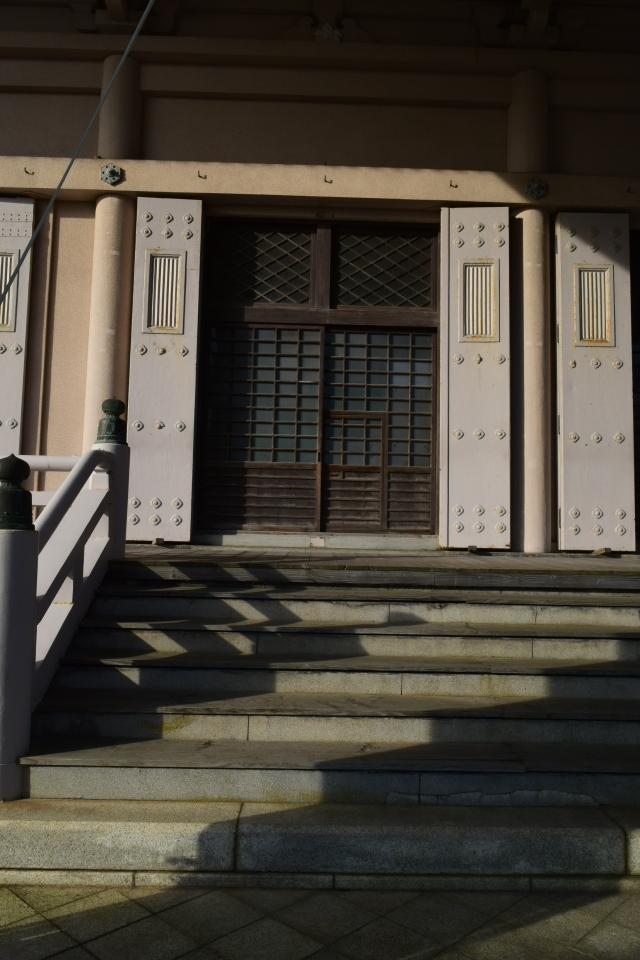 東本願寺函館別院(函館の建築再見)_f0142606_08344631.jpg