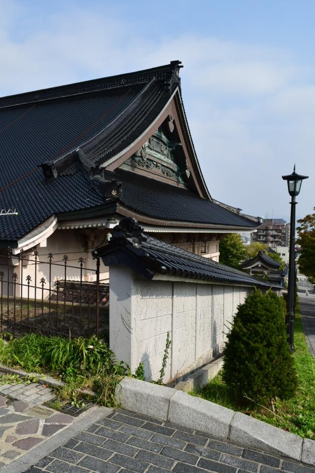 東本願寺函館別院(函館の建築再見)_f0142606_08515787.jpg