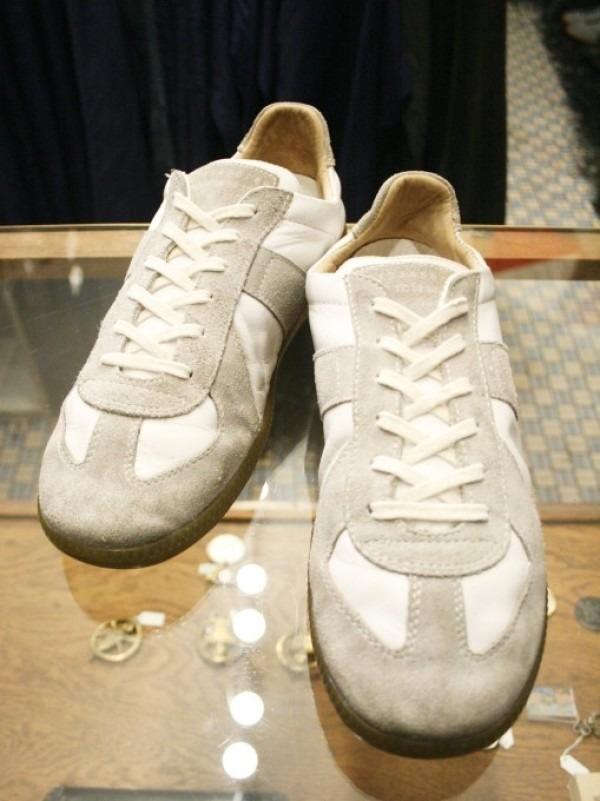 遅くなっちゃったので簡単に 入荷マルタンマルジェラ22スニーカー、革靴、ブーツ_f0180307_01505373.jpg