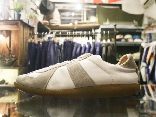 遅くなっちゃったので簡単に 入荷マルタンマルジェラ22スニーカー、革靴、ブーツ_f0180307_01505446.jpg