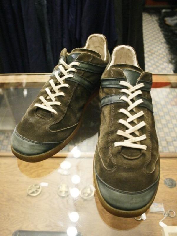 遅くなっちゃったので簡単に 入荷マルタンマルジェラ22スニーカー、革靴、ブーツ_f0180307_01570371.jpg