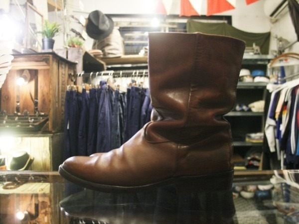 遅くなっちゃったので簡単に 入荷マルタンマルジェラ22スニーカー、革靴、ブーツ_f0180307_02084847.jpg
