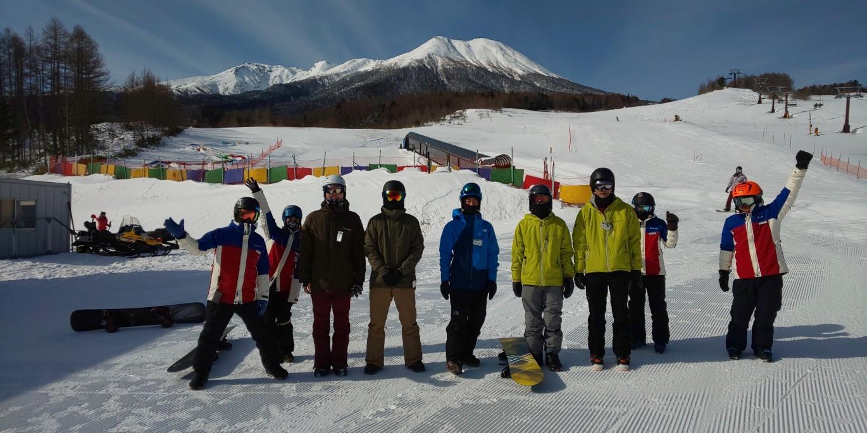 滑りやすい雪質_a0150315_08070223.jpg