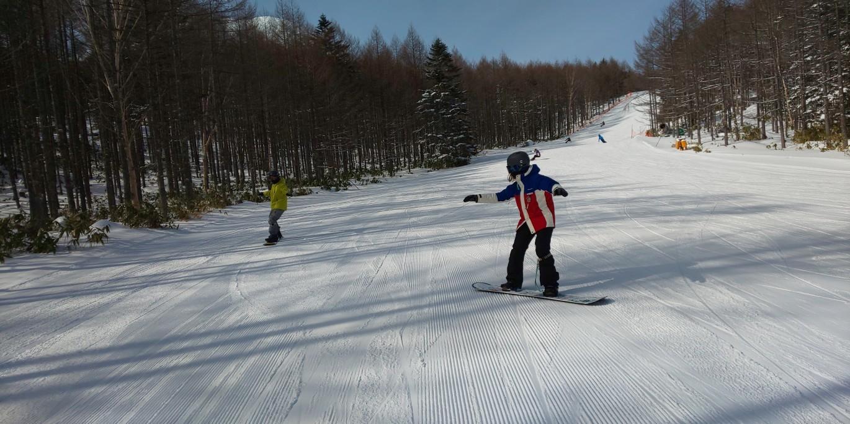 滑りやすい雪質_a0150315_08114888.jpg