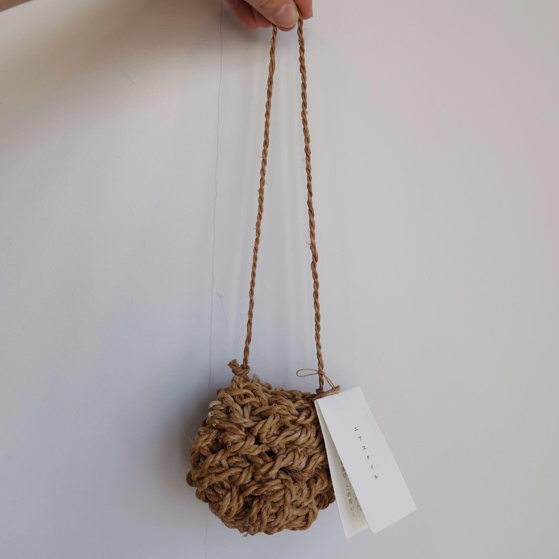 F/style : シナの縄の花かご_a0234452_14073074.jpg