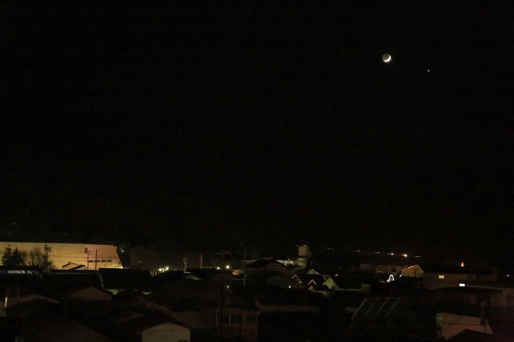 西空のヴィーナスと月_c0337257_16411456.jpg