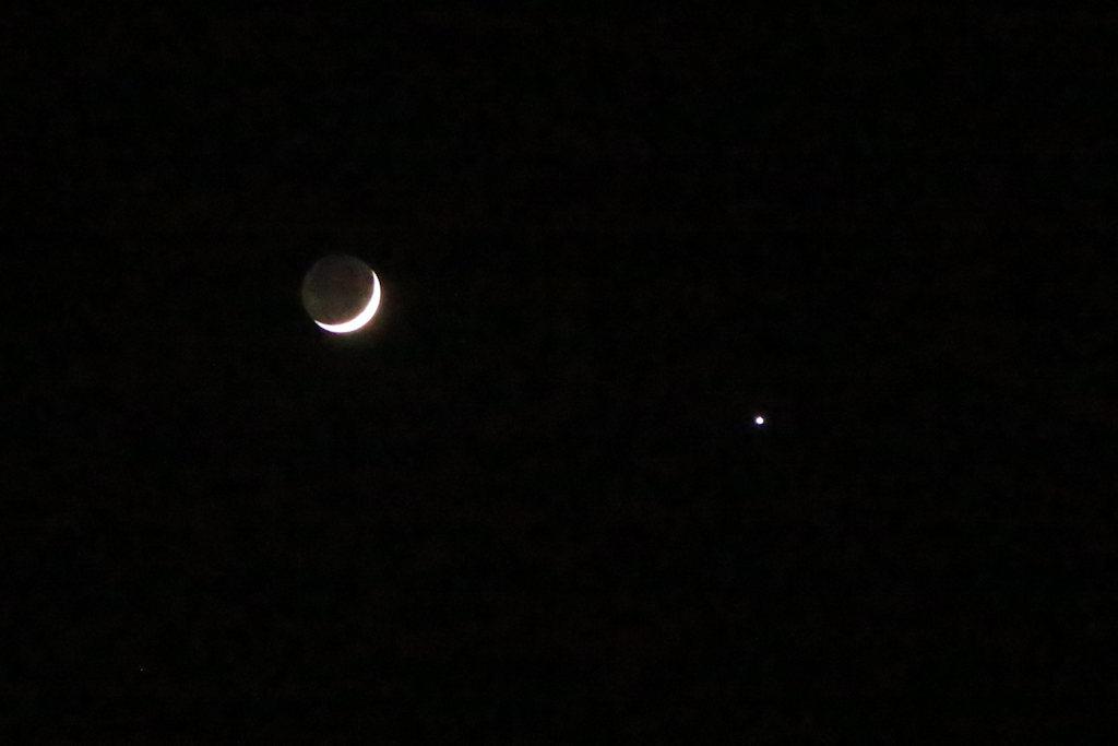 西空のヴィーナスと月_c0337257_16411929.jpg