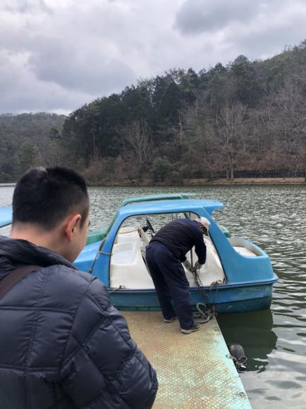 足漕ぎボート初体験 in 宝ヶ池_d0227066_20342762.jpg
