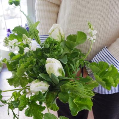 オークリーフ花の教室(大野さんと甲斐さんの作品)_f0049672_19394329.jpg