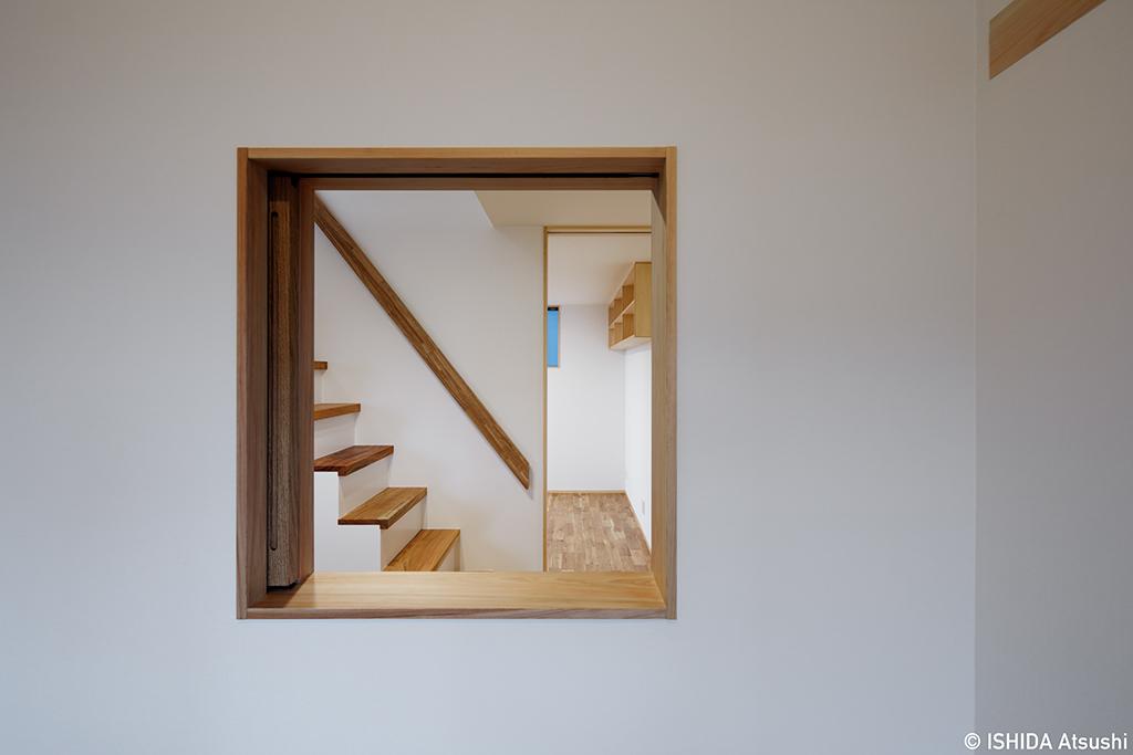 竣工写真・室内の小窓_b0061387_15575216.jpg