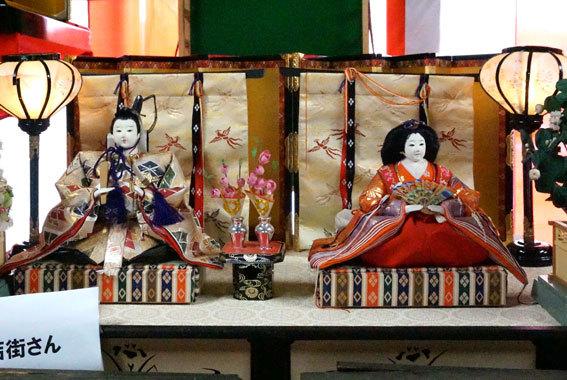 射山神社のお雛さま_b0145296_15093420.jpg