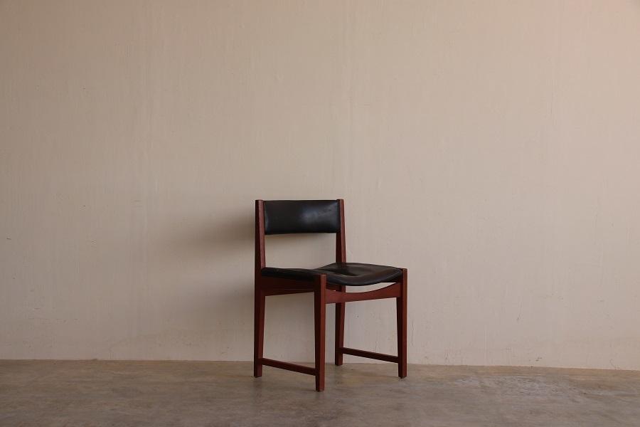 『Peter Hvidt&Orla Molgaard Nielsen Teak Chair』_c0211307_06412811.jpg