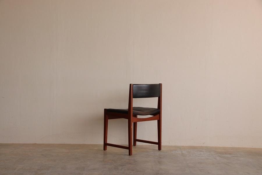 『Peter Hvidt&Orla Molgaard Nielsen Teak Chair』_c0211307_06415367.jpg