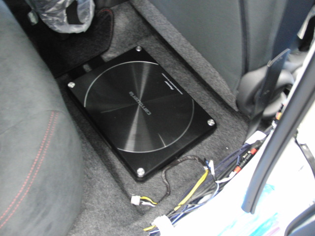日産ノートe-power NISMO Sにオーディオ!!_c0360321_21053726.jpg