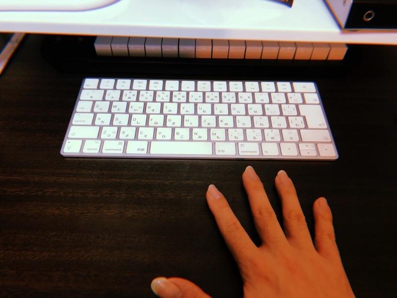 指と爪_f0364521_22012558.jpg