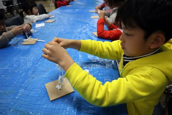 やと子ども美術教室 ~ 粘土で遊ぼう ~_e0222340_14183992.jpg
