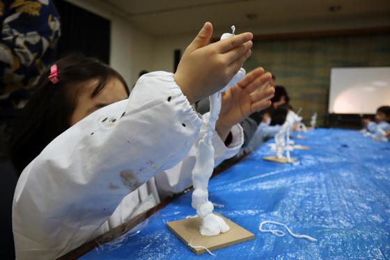 やと子ども美術教室 ~ 粘土で遊ぼう ~_e0222340_1420126.jpg