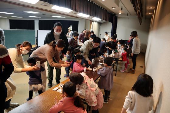やと子ども美術教室 ~ 粘土で遊ぼう ~_e0222340_14345041.jpg