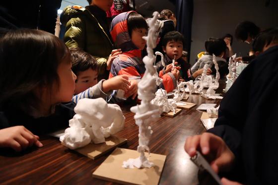やと子ども美術教室 ~ 粘土で遊ぼう ~_e0222340_14371592.jpg