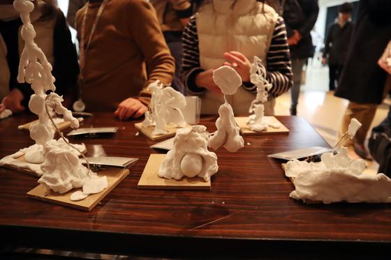 やと子ども美術教室 ~ 粘土で遊ぼう ~_e0222340_143728.jpg