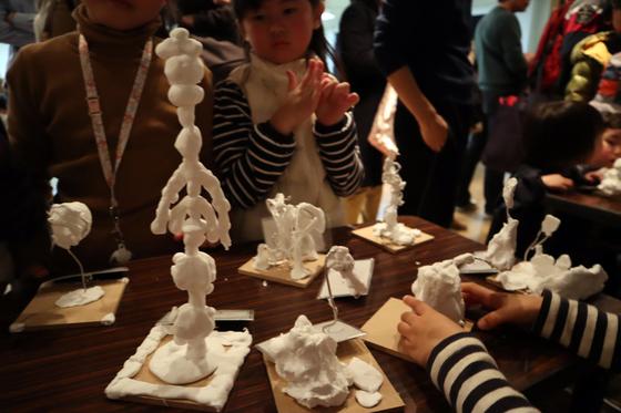 やと子ども美術教室 ~ 粘土で遊ぼう ~_e0222340_14373427.jpg