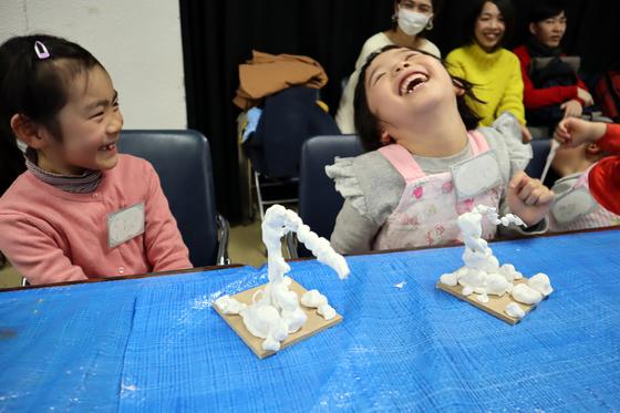 やと子ども美術教室 ~ 粘土で遊ぼう ~_e0222340_14443324.jpg