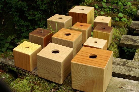 杉材の家具_f0114346_08464022.jpg