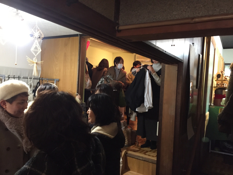 TANEYA カフェ百時 さんで開催の 「つなぐてしごと」vol.4 _c0074553_16413112.jpg