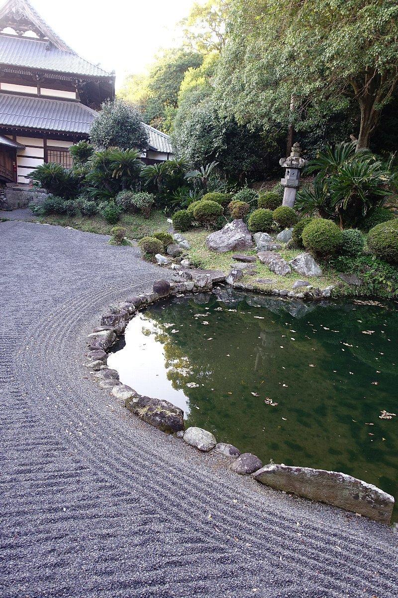 巨鼇山 清見寺庭園_c0112559_08455110.jpg